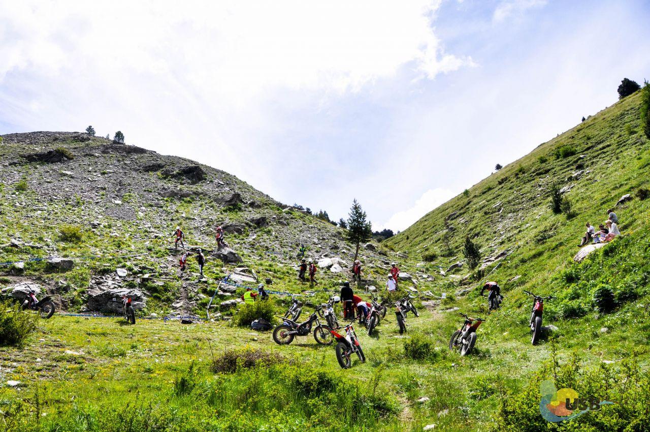 Trail Moto USb-21