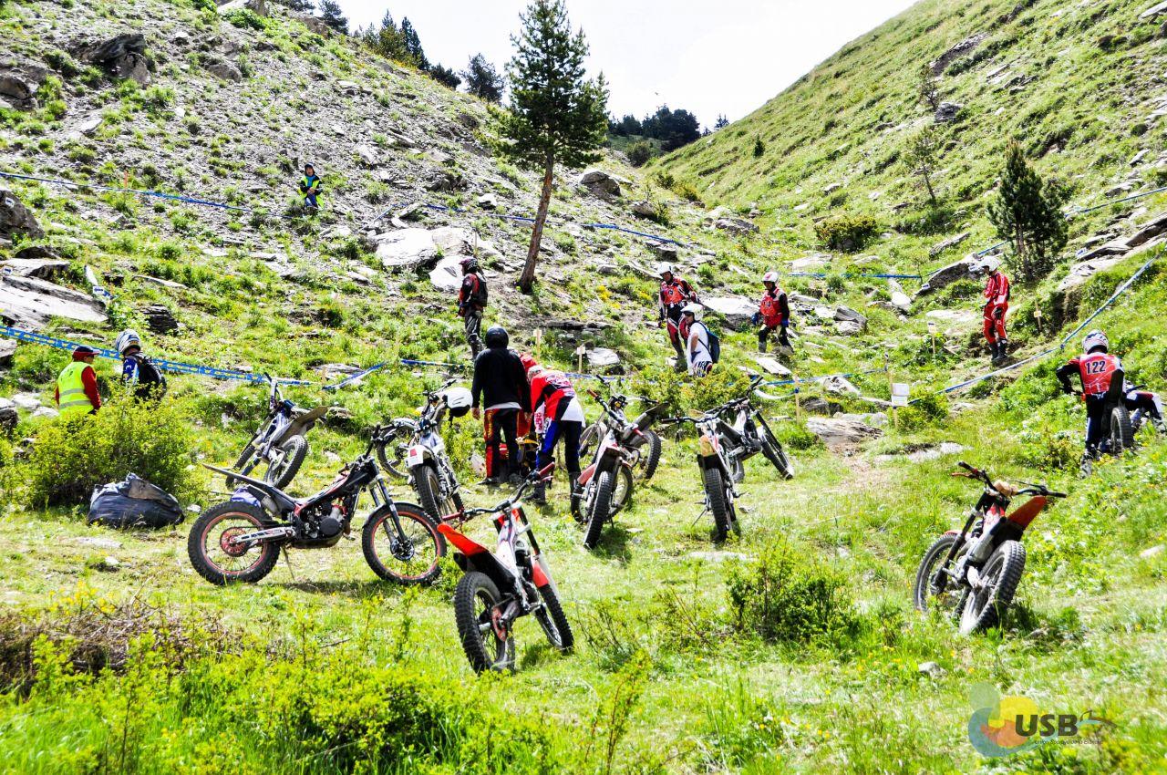 Trail Moto USb-20