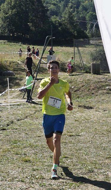 5e-me_Trail_de_Dormillouse_aou-t_2016_vainqueur_10_km_1 (373x640)
