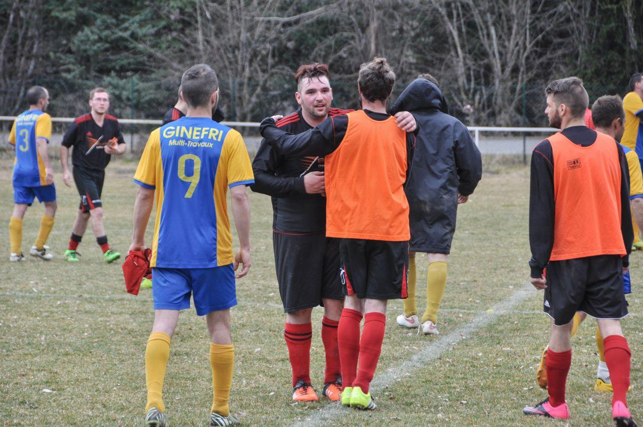 Football Maison des jeunes-33